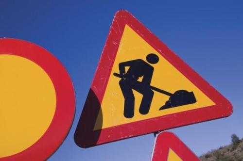 men_at_work_road_sign_hi